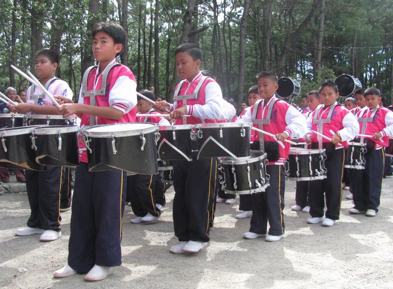 Baguio Day Parade 2013 フィリピン・バギオ市制104周年記念 コスプレ・パレード_a0109542_14114578.jpg
