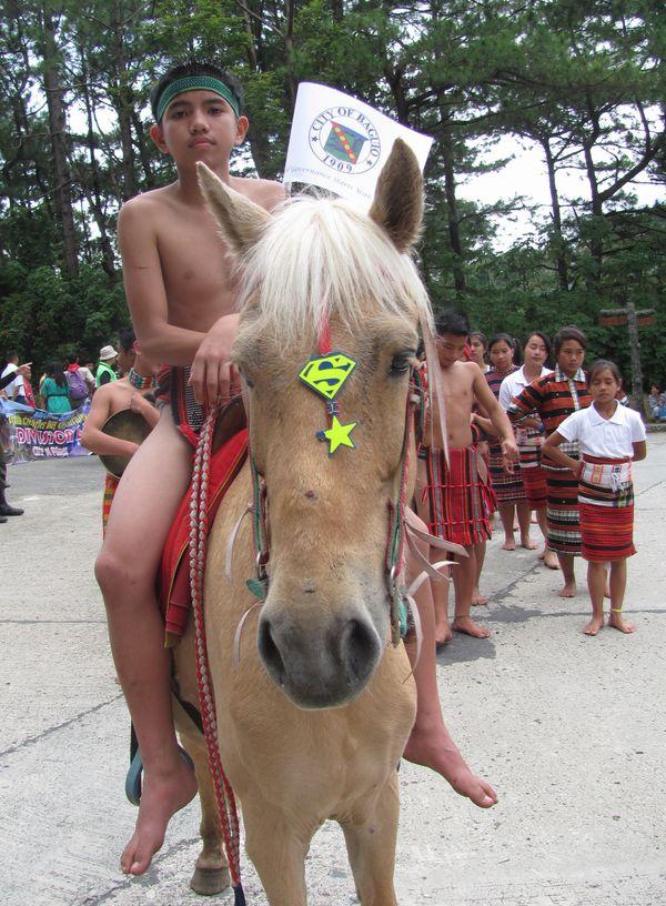Baguio Day Parade 2013 フィリピン・バギオ市制104周年記念 コスプレ・パレード_a0109542_14141521.jpg
