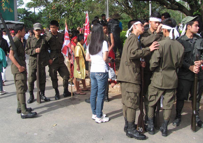 Baguio Day Parade 2013 フィリピン・バギオ市制104周年記念 コスプレ・パレード_a0109542_14154654.jpg