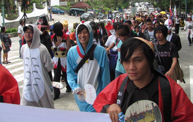 Baguio Day Parade 2013 フィリピン・バギオ市制104周年記念 コスプレ・パレード_a0109542_14335089.jpg