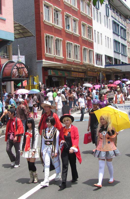 Baguio Day Parade 2013 フィリピン・バギオ市制104周年記念 コスプレ・パレード_a0109542_1442533.jpg