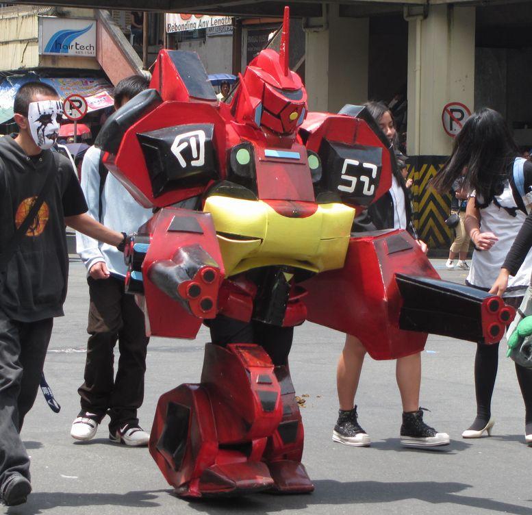 Baguio Day Parade 2013 フィリピン・バギオ市制104周年記念 コスプレ・パレード_a0109542_14485340.jpg