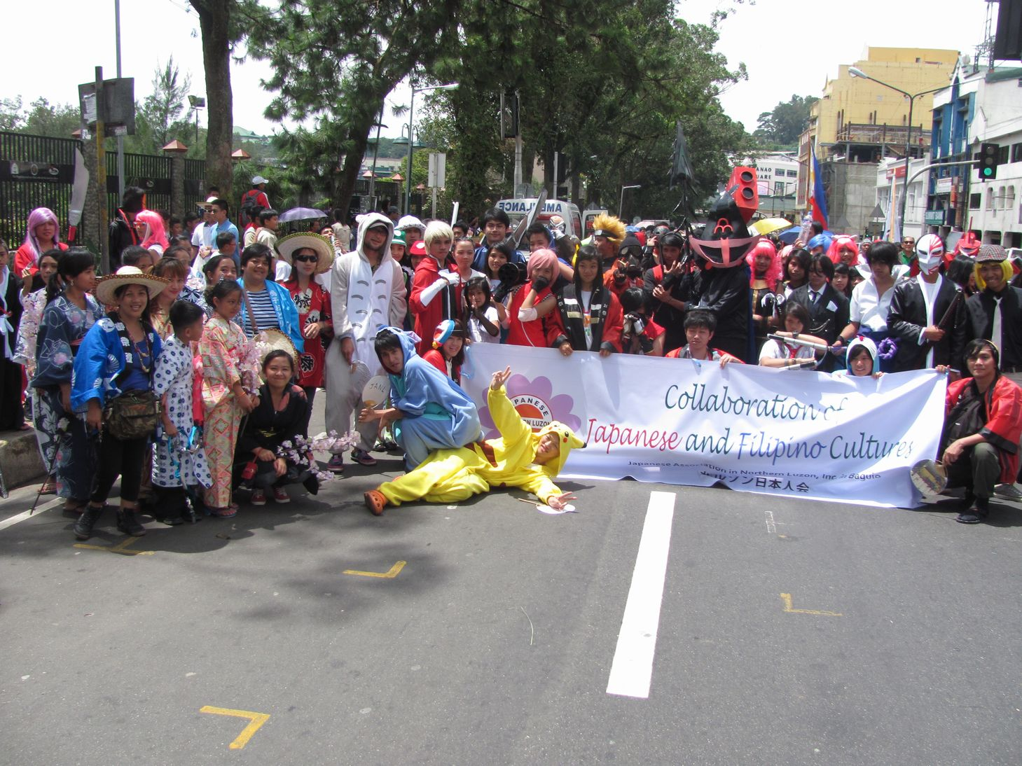 Baguio Day Parade 2013 フィリピン・バギオ市制104周年記念 コスプレ・パレード_a0109542_14501384.jpg