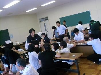 中学校でコマ大戦!_a0272042_19532221.jpg