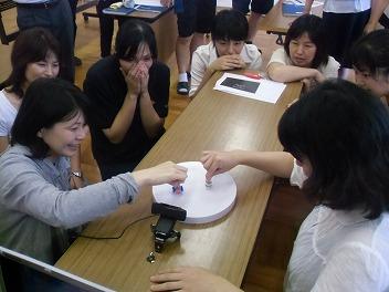 中学校でコマ大戦!_a0272042_20123562.jpg