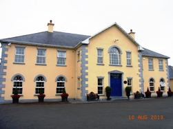 Ireland ロック・オブ・キャッシェル_e0195766_19592271.jpg