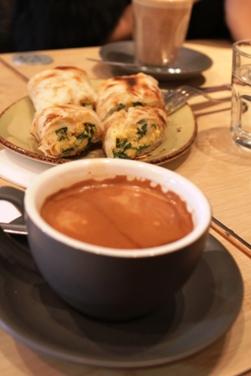 カフェの朝食☆食材見学☆ハッピーディナー☆_a0154793_22502335.jpg