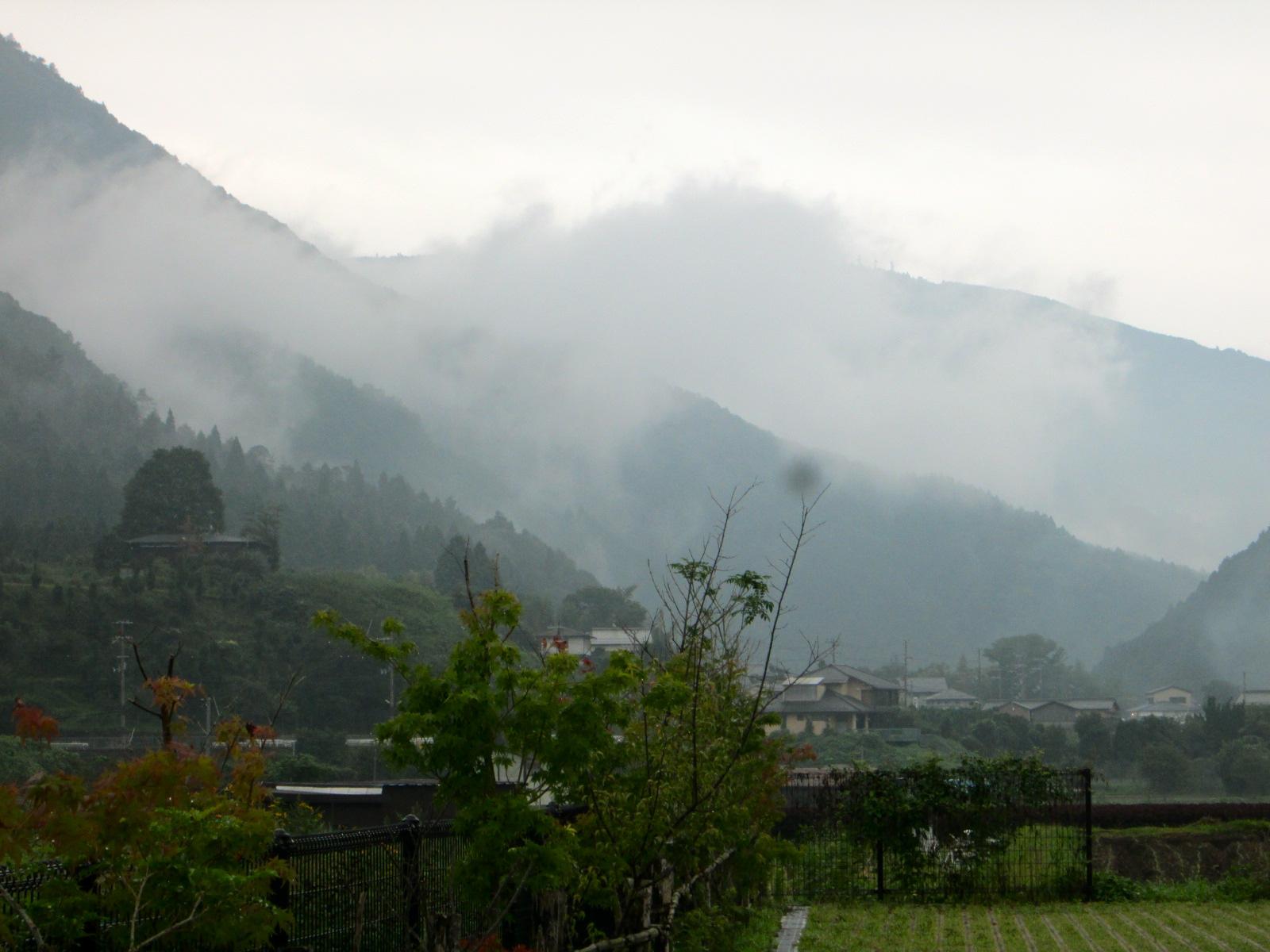 雨の日はお休みしましょう_c0100195_9292274.jpg