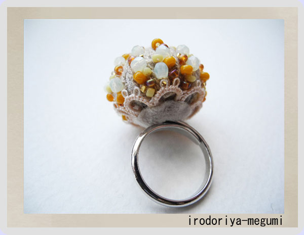 ◆「野菊のリング」◆_e0278869_23383538.jpg