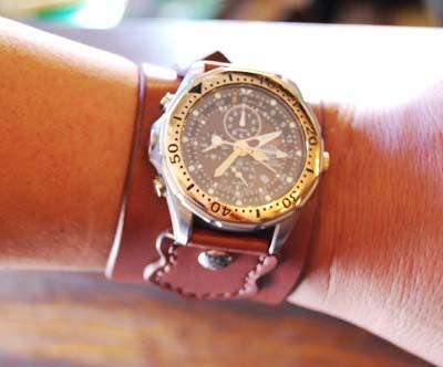 ハードな時計のベルト_f0155891_17503332.jpg