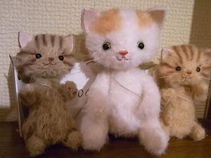 猫展参加作家作品、pisces*bさんの紹介_d0322493_21163860.jpg