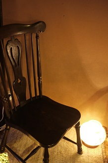 「気軽に座ってくださいね」~小島優 椅子展 3~_f0226293_8444097.jpg