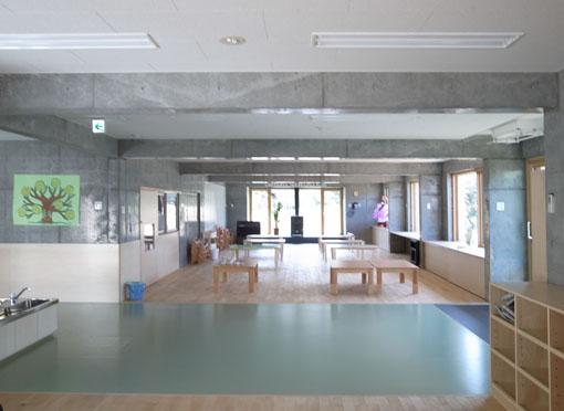 手稲やまなみ保育園:小室雅伸(北海道建築工房)_e0054299_14243137.jpg