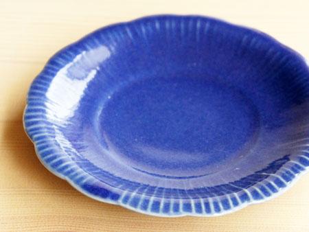 藤塚さんのルリ釉花形4.5寸皿。_a0026127_1638885.jpg