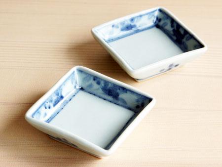 藤塚さんのルリ釉花形4.5寸皿。_a0026127_16412283.jpg