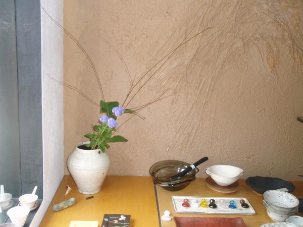 花を生け変えました_b0132442_18375618.jpg