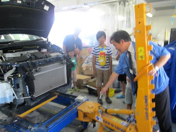小学生と自由研究⑤「車体の勉強と工場見学」_d0162564_18401010.jpg