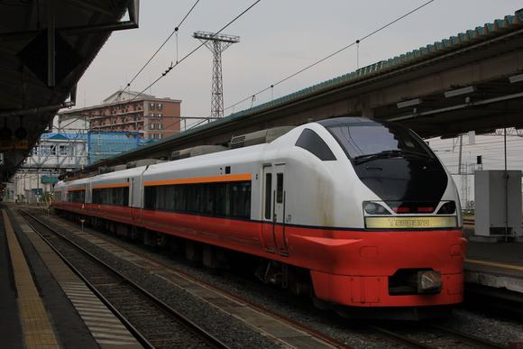 北海道・青森・秋田をめぐる旅  青森駅にて_d0202264_1931842.jpg