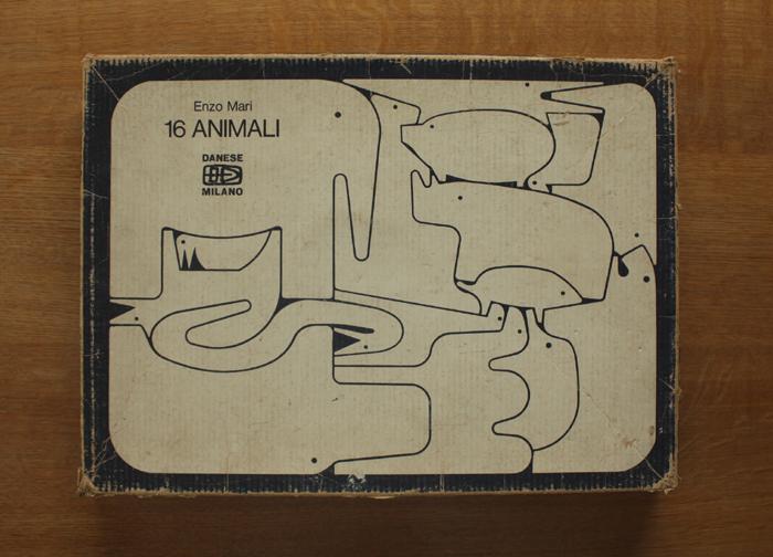エンゾ・マリの動物パズル 16 ANIMALI  Danese_f0074803_14514141.jpg