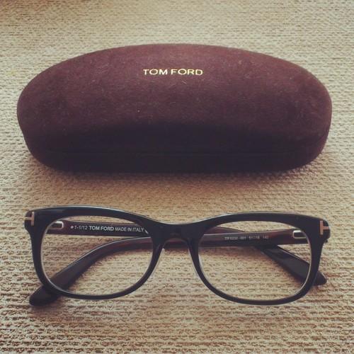 表参道で!!トムフォードのメガネ。_f0190816_1059029.jpg