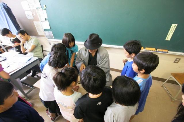 おとどけアート 9月3日(火) 北陽小学校×佐藤隆之_a0062127_15553090.jpg