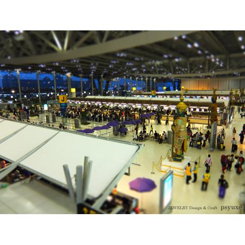 旅の終わり・スワンナプーム国際空港にて_e0131432_9313828.jpg