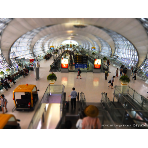 旅の終わり・スワンナプーム国際空港にて_e0131432_9314546.jpg