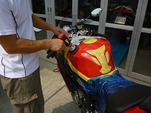 大切なバイクには、セラミックコーティングなど如何でしょう・・・・。_e0254365_17134310.jpg