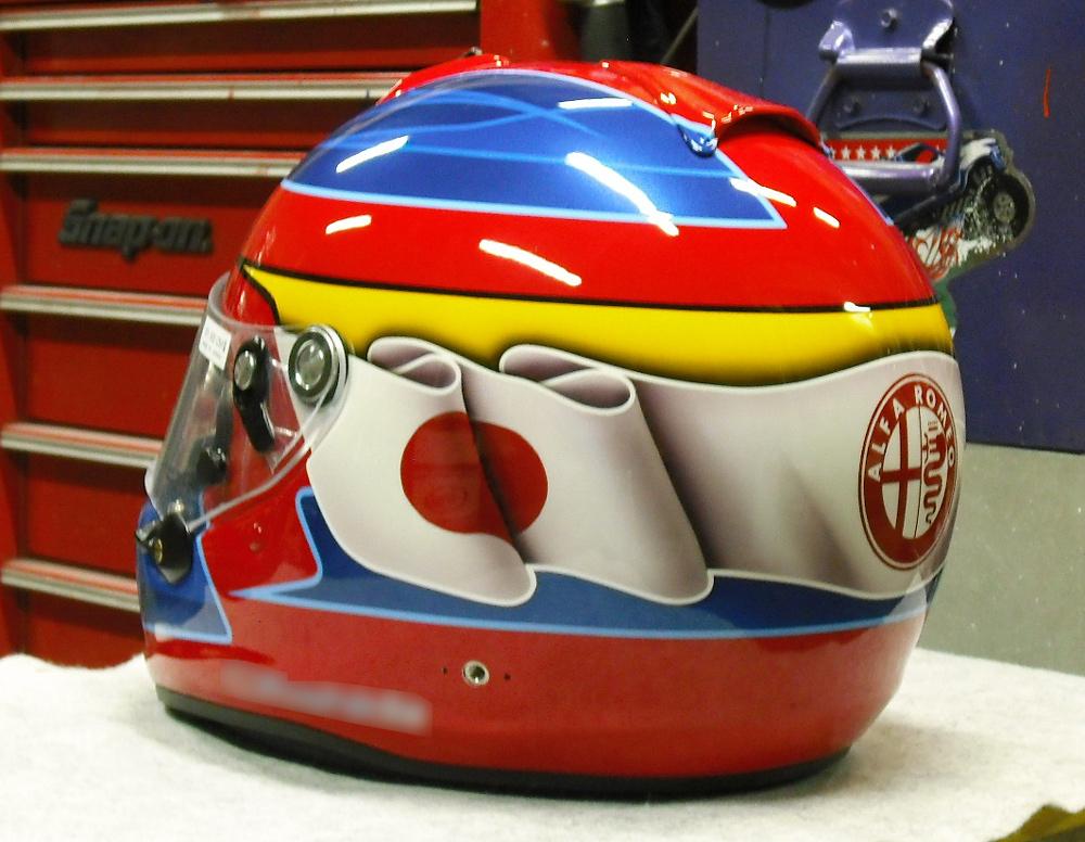 今度はGP-6Sでアルファ専用ヘルメットをペイント。_d0130115_1539697.jpg