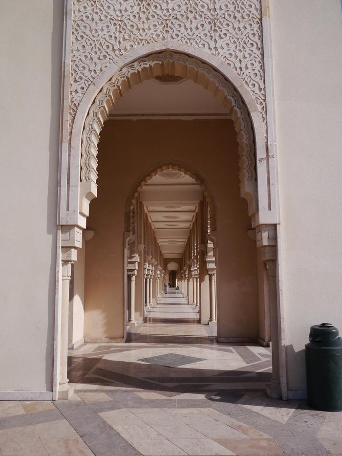 モロッコへ行く。⑬ ~カサブランカは割りといい~_f0232060_17105686.jpg