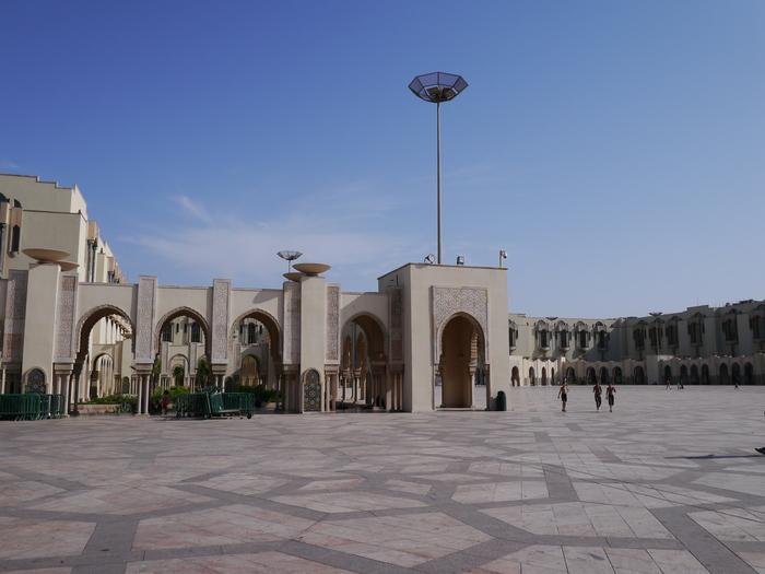 モロッコへ行く。⑬ ~カサブランカは割りといい~_f0232060_1745797.jpg