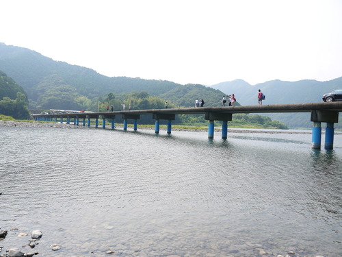 四万十川 沈下橋とだいちゃん_e0133535_11313889.jpg