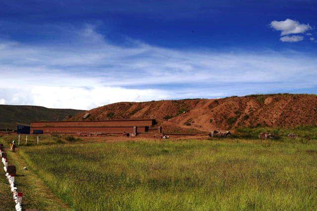 ボリビアの旅(42) 【世界遺産】 ティワナク遺跡 TIWANAKU_c0011649_15484648.jpg