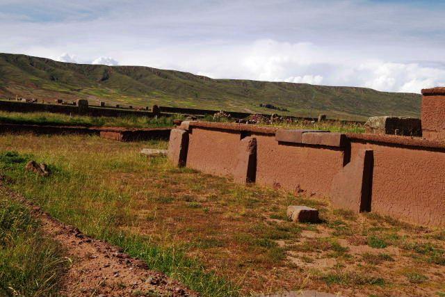 ボリビアの旅(42) 【世界遺産】 ティワナク遺跡 TIWANAKU_c0011649_15544535.jpg