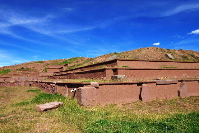 ボリビアの旅(42) 【世界遺産】 ティワナク遺跡 TIWANAKU_c0011649_15553569.jpg