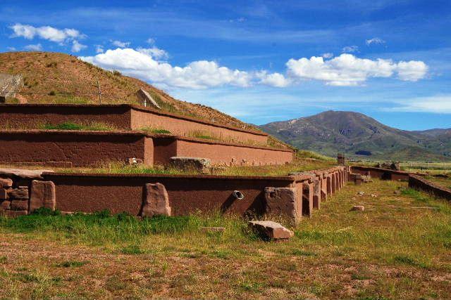 ボリビアの旅(42) 【世界遺産】 ティワナク遺跡 TIWANAKU_c0011649_15561672.jpg