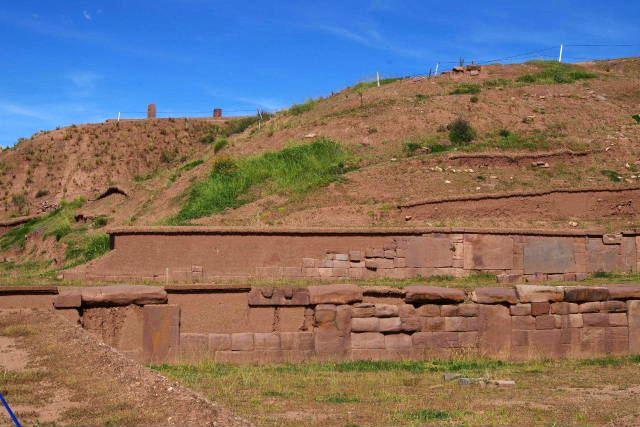 ボリビアの旅(42) 【世界遺産】 ティワナク遺跡 TIWANAKU_c0011649_15572597.jpg