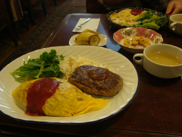 新宿三丁目「カフェ アルル」へ行く。_f0232060_2046914.jpg