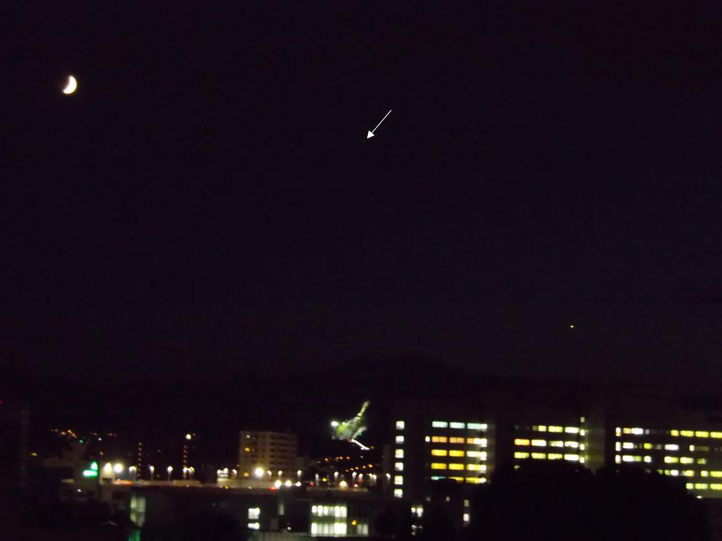 今日は月-土星-金星の順_c0025115_199321.jpg