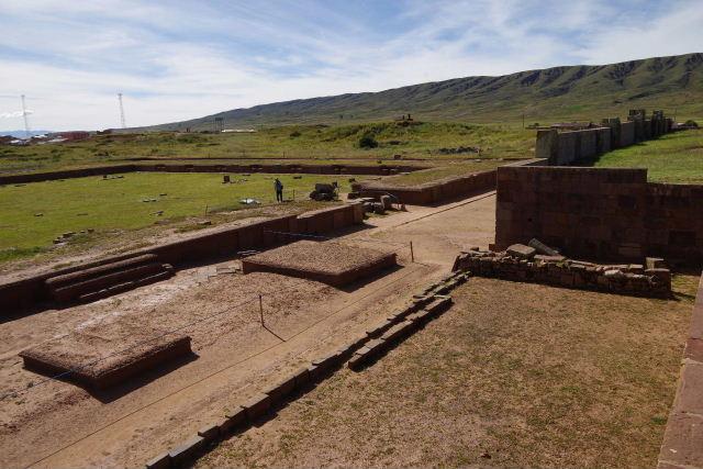 ボリビアの旅(42) 【世界遺産】 ティワナク遺跡 TIWANAKU_c0011649_0234030.jpg