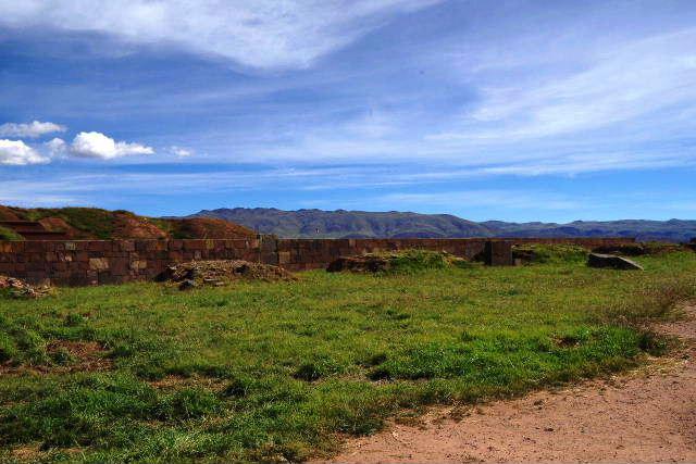 ボリビアの旅(42) 【世界遺産】 ティワナク遺跡 TIWANAKU_c0011649_0251051.jpg