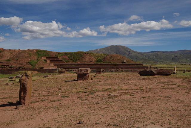ボリビアの旅(42) 【世界遺産】 ティワナク遺跡 TIWANAKU_c0011649_0252676.jpg