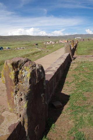 ボリビアの旅(42) 【世界遺産】 ティワナク遺跡 TIWANAKU_c0011649_0254166.jpg
