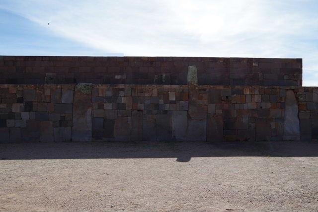 ボリビアの旅(42) 【世界遺産】 ティワナク遺跡 TIWANAKU_c0011649_0261289.jpg