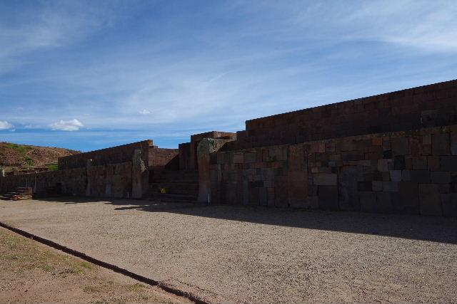ボリビアの旅(42) 【世界遺産】 ティワナク遺跡 TIWANAKU_c0011649_0262591.jpg