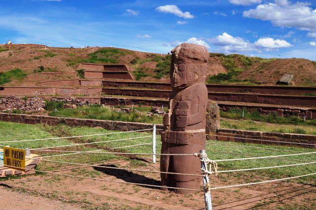 ボリビアの旅(42) 【世界遺産】 ティワナク遺跡 TIWANAKU_c0011649_0363323.jpg