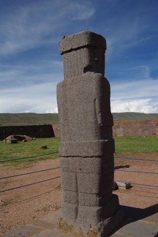 ボリビアの旅(42) 【世界遺産】 ティワナク遺跡 TIWANAKU_c0011649_0391946.jpg