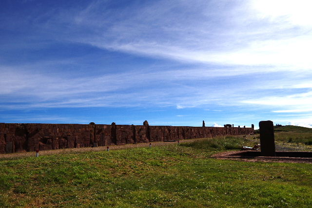 ボリビアの旅(42) 【世界遺産】 ティワナク遺跡 TIWANAKU_c0011649_23324855.jpg