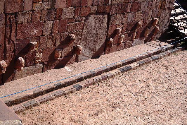 ボリビアの旅(42) 【世界遺産】 ティワナク遺跡 TIWANAKU_c0011649_743182.jpg