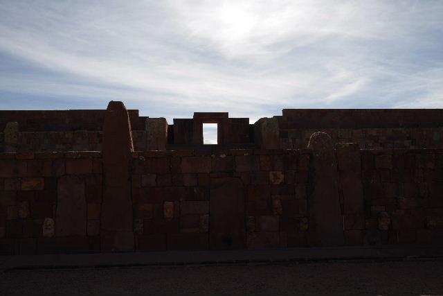 ボリビアの旅(42) 【世界遺産】 ティワナク遺跡 TIWANAKU_c0011649_74431.jpg
